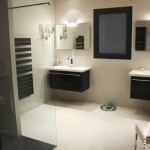 Salle de bain avec Douche à l'italienne La Chapelle sur Erdre